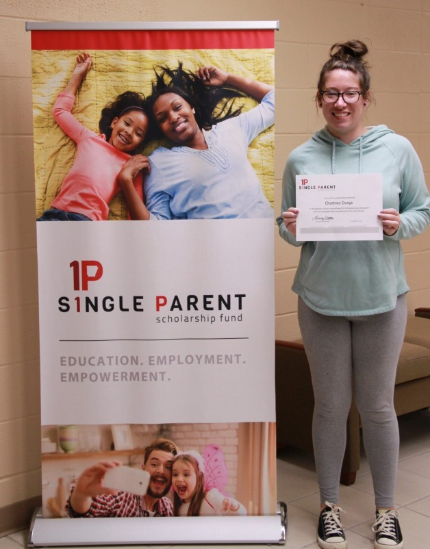 Arkansas Single Parent Scholarship Fund, Randolph County, Awards Scholarship to Chortney Durga