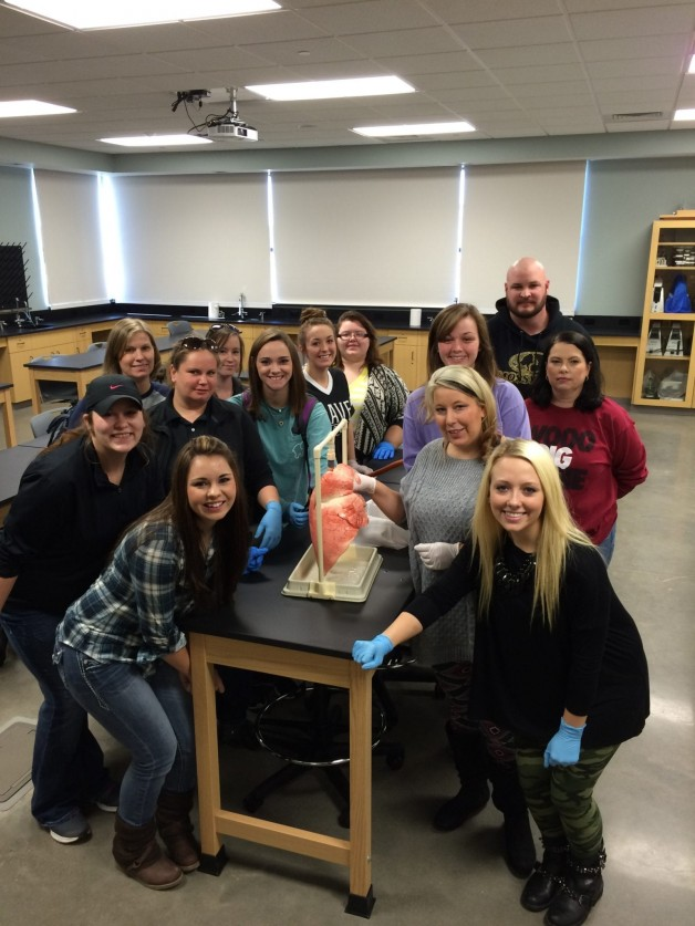 A&P Students Enjoy a New Lab Experience