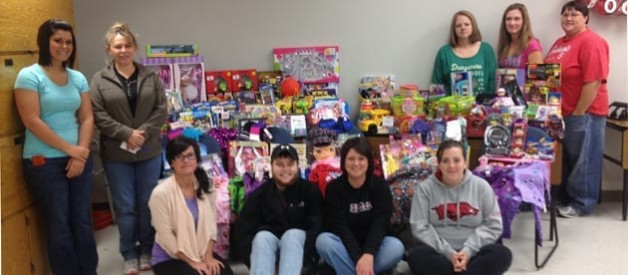 Students Hold Toy Drive
